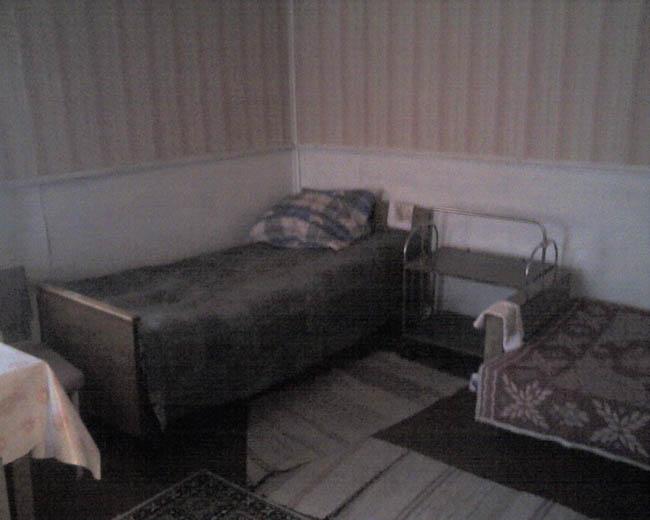 Большая комната гостиная на первом